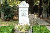 Rodinný hrob naŽidovském hřbitově vBrně