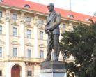 Socha E. beneše v Praze